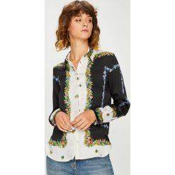 Desigual - Koszula. Szare koszule damskie marki Desigual, l, z poliesteru, casualowe, z klasycznym kołnierzykiem, z długim rękawem. W wyprzedaży za 239,90 zł.