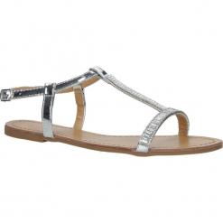 Srebrne sandały płaskie błyszczące Casu SY644. Szare sandały damskie marki Casu, na płaskiej podeszwie. Za 39,99 zł.