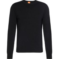 Swetry klasyczne męskie: BOSS Orange Sweter black