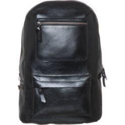 Plecaki męskie: Royal RepubliQ TRACK Plecak black
