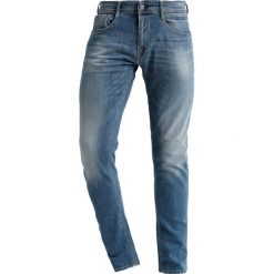 Replay ROB Jeansy Relaxed Fit blue denim. Niebieskie jeansy męskie relaxed fit marki Replay. Za 829,00 zł.