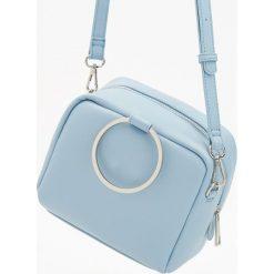 Torebki klasyczne damskie: Mała torebka z regulowanym paskiem – Niebieski