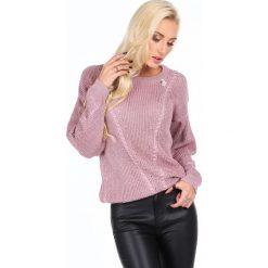 Sweter z mieniącą się nitką różowy RR20077. Czerwone swetry klasyczne damskie Fasardi, l. Za 189,00 zł.