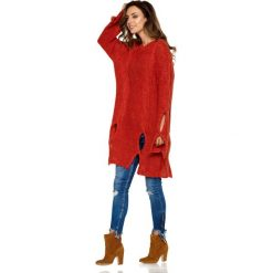 Moherowy sweter z wycięciami bordo ELISE. Czerwone swetry klasyczne damskie Lemoniade, z moheru, z klasycznym kołnierzykiem. Za 149,90 zł.