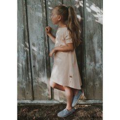 Sukienki dziewczęce z falbanami: SUKIENKA Viki puder