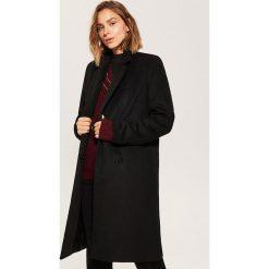 Płaszcz o klasycznym kroju - Czarny. Czarne płaszcze damskie marki House, l, klasyczne. Za 229,99 zł.