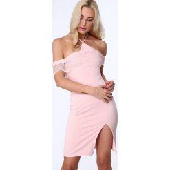 Sukienka z wiązaniem na szyi jasnoróżowa ZZ312. Czerwone sukienki Fasardi, l. Za 99,00 zł.
