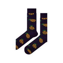 Skarpety granatowe w ananasy. Niebieskie skarpetki męskie Em men's accessories, z bawełny. Za 29,99 zł.