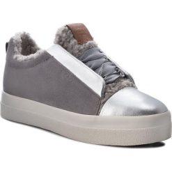 Sneakersy GANT - Amanda 17531849 Silver G80. Szare sneakersy damskie marki GANT, z materiału. Za 479,90 zł.