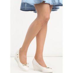 Buty ślubne damskie: Białe Koturny Gapo