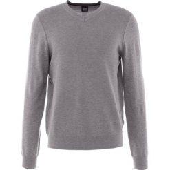 BOSS CASUAL AMHUSOS Sweter grey melange. Szare kardigany męskie BOSS Casual, m, z bawełny, casualowe. Za 499,00 zł.