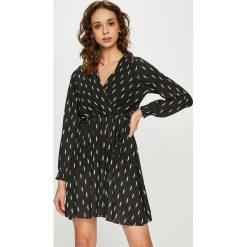 Haily's - Sukienka Lena. Sukienki małe czarne marki Haily's, na co dzień, l, ze lnu, casualowe, oversize. Za 129,90 zł.