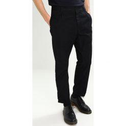 Spodnie męskie: Carhartt WIP GERALD  Chinosy black rinsed