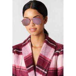 Le Specs Okulary przeciwsłoneczne Kingdom - Pink. Różowe okulary przeciwsłoneczne damskie aviatory Le Specs. W wyprzedaży za 121,58 zł.