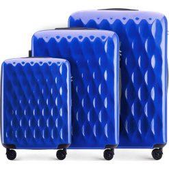 Zestaw walizek 56-3H-55S-90. Niebieskie walizki marki Wittchen, z gumy, duże. Za 555,21 zł.