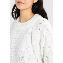 Swetry damskie: Vila VISATIRA  Sweter white alyssum