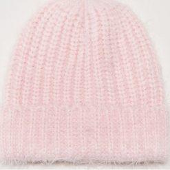 Czapka - Różowy. Czerwone czapki damskie House. Za 39,99 zł.