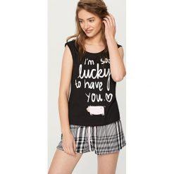 Piżamy damskie: Piżama z krótkimi szortami – Czarny