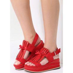 Czerwone Sandały Outrageous. Czerwone sandały damskie vices, na koturnie. Za 69,99 zł.