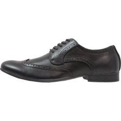 Buty wizytowe męskie: Feud London WINGCAP BROGUE Eleganckie buty black
