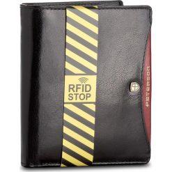Duży Portfel Męski PETERSON - 301.01/RFID-02-01-01 Czarny. Czarne portfele męskie marki Peterson, ze skóry. Za 139,00 zł.