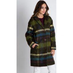Wełniany płaszcz w kolorze oliwkowym BIALCON. Zielone płaszcze damskie wełniane marki BIALCON, na jesień, s. W wyprzedaży za 510,00 zł.