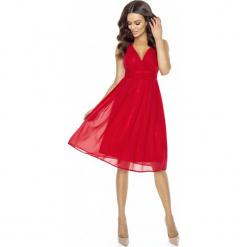 Czerwona Romantyczna i Elegancka Sukienka z Kopertowym Dekoltem. Czerwone sukienki balowe marki Molly.pl, m, z kopertowym dekoltem, na ramiączkach, kopertowe. Za 189,90 zł.