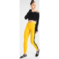 Ivy Park BARDOT  Bluzka z długim rękawem black. Czarne topy sportowe damskie Ivy Park, s, z elastanu, sportowe, z długim rękawem. Za 179,00 zł.