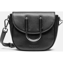 Czarna torebka damska. Czarne torebki klasyczne damskie Kazar, w paski, ze skóry. Za 599,00 zł.