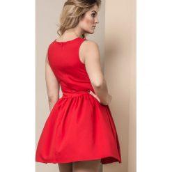 Długie sukienki: SUKIENKA MISS CITY TYPU BOMBKA CZERWONA