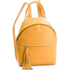 Plecak COCCINELLE - CN0 Leonie E1 CN0 54 03 01 Ambre J68. Żółte plecaki damskie Coccinelle, ze skóry. Za 1249,90 zł.