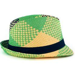Kapelusz damski Lato w kratę Zielony. Białe kapelusze damskie marki Born2be, na lato. Za 28,94 zł.