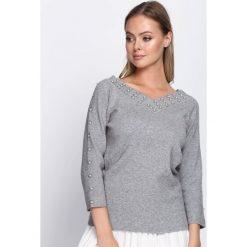 Swetry klasyczne damskie: Szary Sweter Entertained