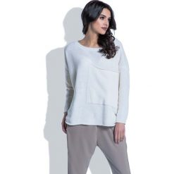 Swetry oversize damskie: Luźny Ecru Sweter z Dużą Kieszenią