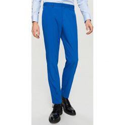 Rurki męskie: Spodnie garniturowe slim fit – Niebieski