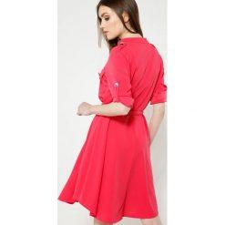 Sukienki: Koralowa Sukienka Remarkable