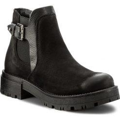 Sztyblety TAMARIS - 1-25801-39 Black 001. Czarne buty zimowe damskie Tamaris, z materiału, na obcasie. W wyprzedaży za 209,00 zł.