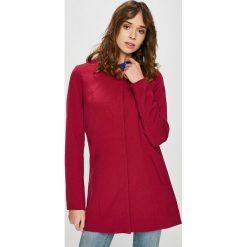 Jacqueline de Yong - Płaszcz. Czerwone płaszcze damskie marki Jacqueline de Yong, l, z elastanu. Za 169,90 zł.