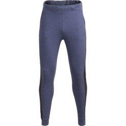 Spodnie dresowe męskie SPMD601 - niebieski melanż - Outhorn. Niebieskie spodnie dresowe męskie Outhorn, na lato, melanż, z bawełny. W wyprzedaży za 49,99 zł.