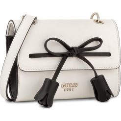 Torebka GUESS - Leila (VG) Mini-Bag HWVG69 64780 WML. Białe listonoszki damskie Guess, z aplikacjami. Za 429,00 zł.