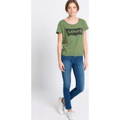 Pepe Jeans - Jeansy. Niebieskie jeansy damskie rurki marki Pepe Jeans. W wyprzedaży za 139,90 zł.