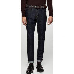 Mango Man - Jeansy Jan. Niebieskie jeansy męskie relaxed fit marki Mango Man, z aplikacjami, z bawełny. W wyprzedaży za 99,90 zł.