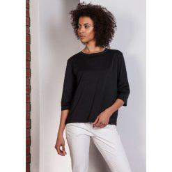 Luźna bluzka-frak, BLU140 czarny. Czarne bluzki nietoperze Pakamera, biznesowe. Za 119,00 zł.