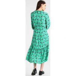 Długie sukienki: JUST FEMALE ROSINE DRESS Długa sukienka jade