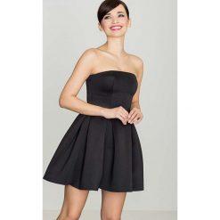 Czarna Wieczorowa sukienka Gorsetowa. Niebieskie sukienki balowe marki Reserved, z odkrytymi ramionami. Za 135,90 zł.