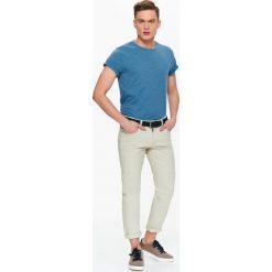 T-shirty męskie: T-SHIRT MĘSKI Z MELANŻOWEJ DZIANINY