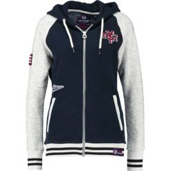 Superdry COLLEGE PATCH ZIP HOOD Bluza rozpinana oatmeal/eclipse navy. Niebieskie bluzy damskie Superdry, xs, z bawełny. W wyprzedaży za 341,10 zł.