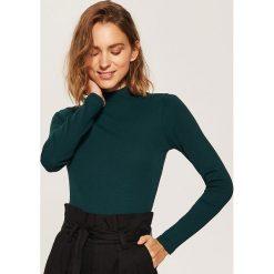 Bluzki damskie: Dzianinowa bluzka z półgolfem - Khaki