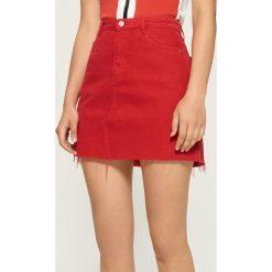 Odzież damska: Czerwona spódnica mini - Czerwony