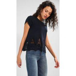 T-shirty damskie: Abercrombie & Fitch HEM TEE Tshirt z nadrukiem navy